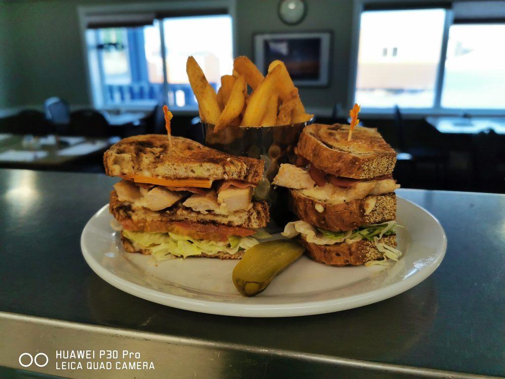 Aura Dinning Room - Club Sandwich